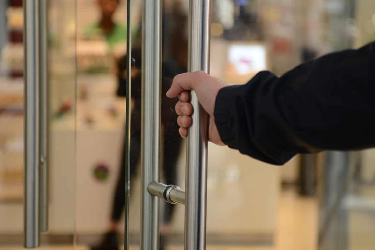 Glass doors new york locksmith paragon security nyc paragon security proudly serves customers throughout new york including in manhattan brooklyn queens the bronx staten island and elsewhere in nyc planetlyrics Gallery